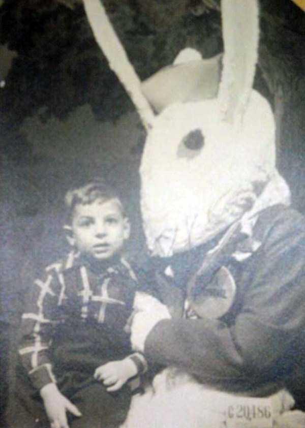 creepy-and-weird-easter-bunnies (18)