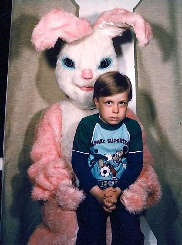 creepy-and-weird-easter-bunnies (19)