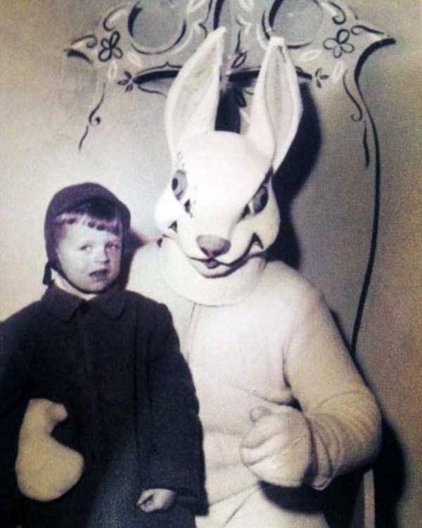 creepy-and-weird-easter-bunnies (25)
