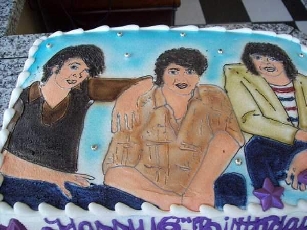 disney-cakes-fails (20)