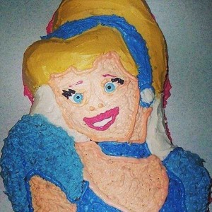 Disney-Inspired Cakes Gone Wrong (21 photos) 9