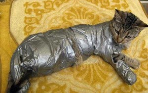 38 Times When Duct Tape Came In Really Handy (38 photos) 19