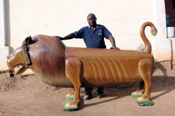 fantasy-coffins-from-ghana (19)