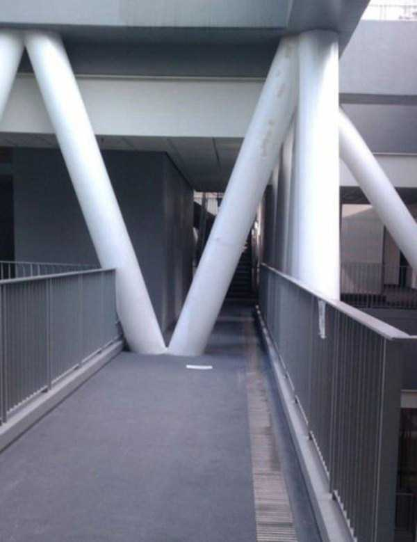 obvious-construction-fails (5)