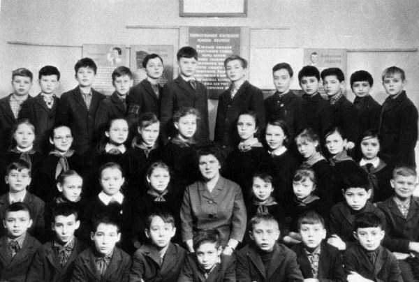photos-of-young-Vladimir-Putin (4)