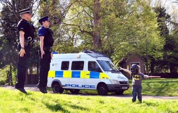 police-officers-are-humans (36)