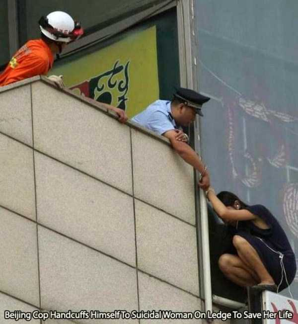 police-officers-are-humans (4)
