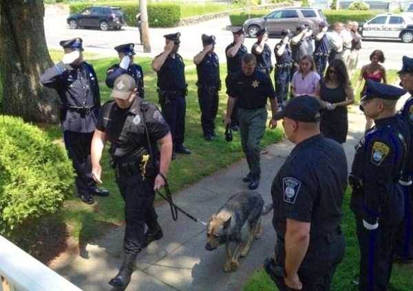 police-officers-are-humans (44)