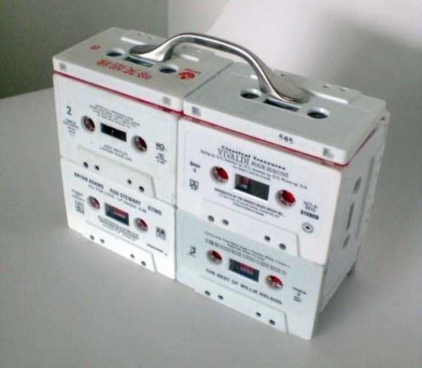 repurposed-vhs-and-audio-cassette-tapes (16)