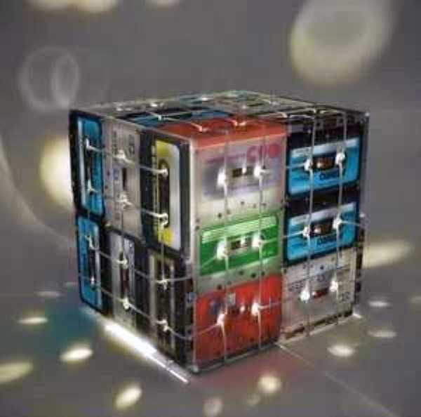 repurposed-vhs-and-audio-cassette-tapes (22)