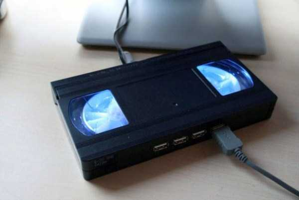 repurposed-vhs-and-audio-cassette-tapes (36)