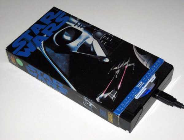 repurposed-vhs-and-audio-cassette-tapes (40)