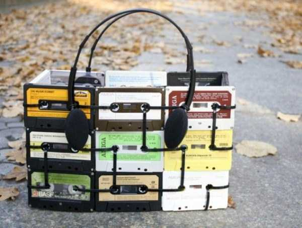 repurposed-vhs-and-audio-cassette-tapes (8)