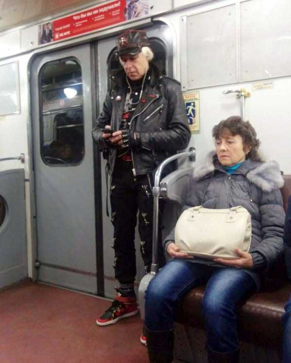 russian-subway-freaks (17)