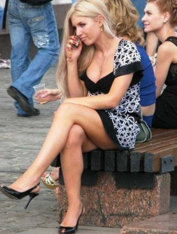 Hot Girls Spotted on the Streets (51 photos) 1
