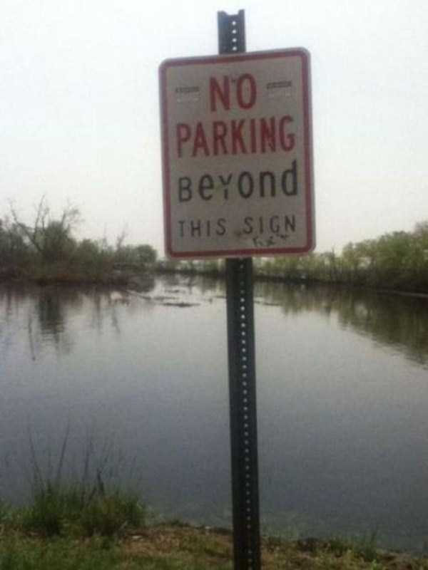 signs-with-obvious-messages (27)
