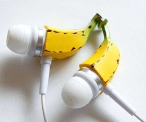 The Coolest Looking Headphones and Earbuds (40 photos) 11