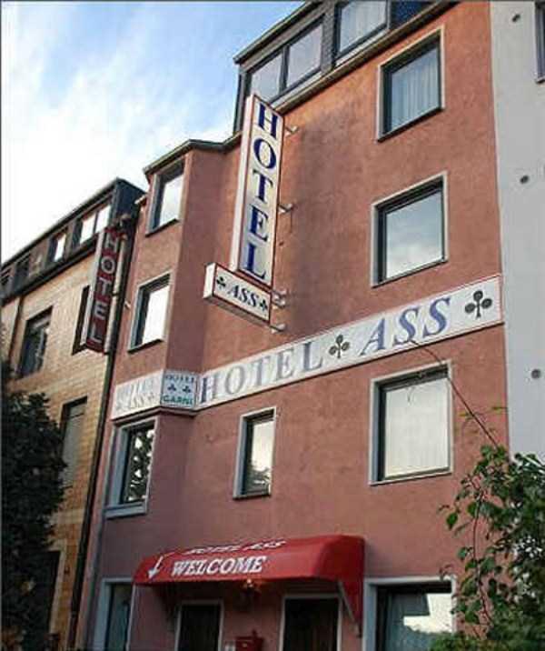 worst-hotel-names (23)