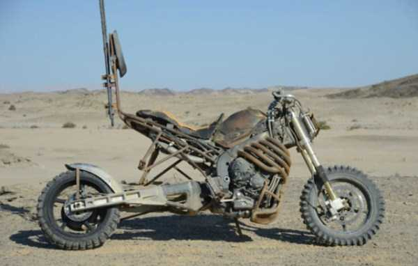Motorcycles-Mad-Max-Fury-Road (1)