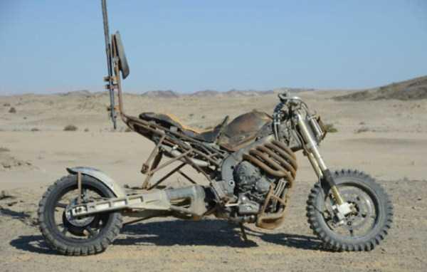 Motorcycles-Mad-Max-Fury-Road (1)