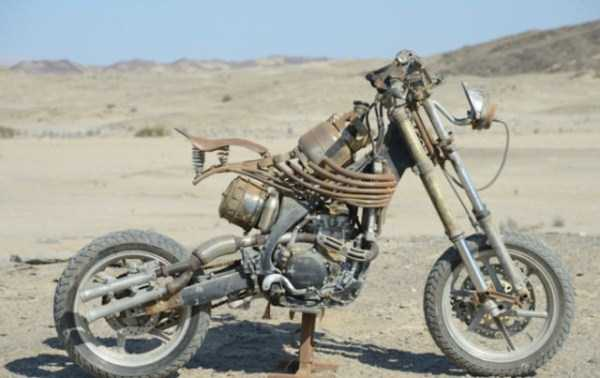 Motorcycles-Mad-Max-Fury-Road (14)