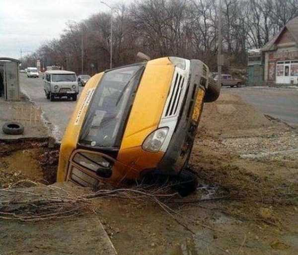 bizarre-road-accidents (3)