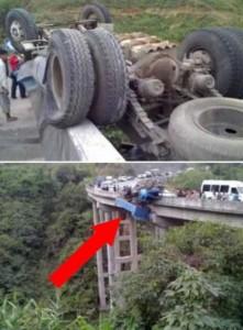 Insane Truck Accidents (37 photos) 10