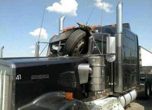 Insane Truck Accidents (37 photos) 11