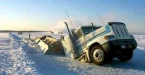 Insane Truck Accidents (37 photos) 21