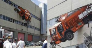 Insane Truck Accidents (37 photos) 27