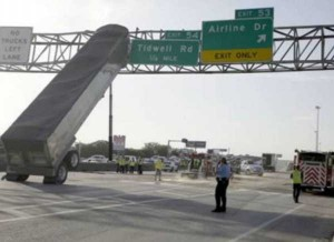 Insane Truck Accidents (37 photos) 3