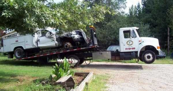 crazy-truck-crashes (35)