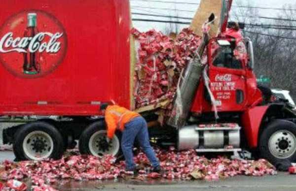 crazy-truck-crashes (7)