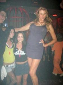 Very Very Tall Women (36 photos) 10