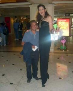 Very Very Tall Women (36 photos) 19