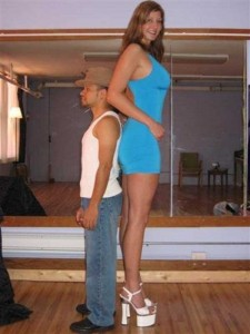 Very Very Tall Women (36 photos) 2