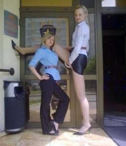 Very Very Tall Women (36 photos) 25