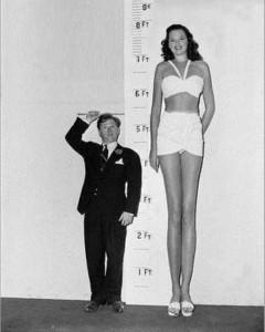 Very Very Tall Women (36 photos) 3