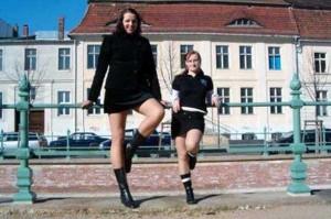 Very Very Tall Women (36 photos) 30