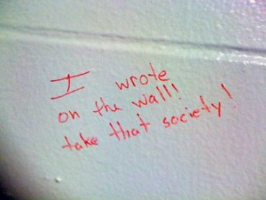 Funny Toilet Graffiti (18 photos) 13