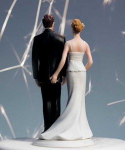 20 Awesomely Funny Wedding Cake Toppers (20 photos) 11