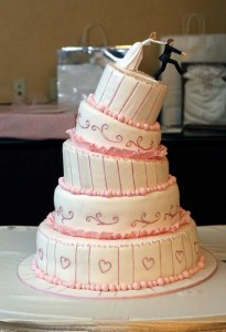 20 Awesomely Funny Wedding Cake Toppers (20 photos) 14