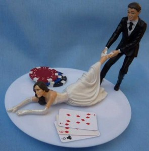 20 Awesomely Funny Wedding Cake Toppers (20 photos) 20