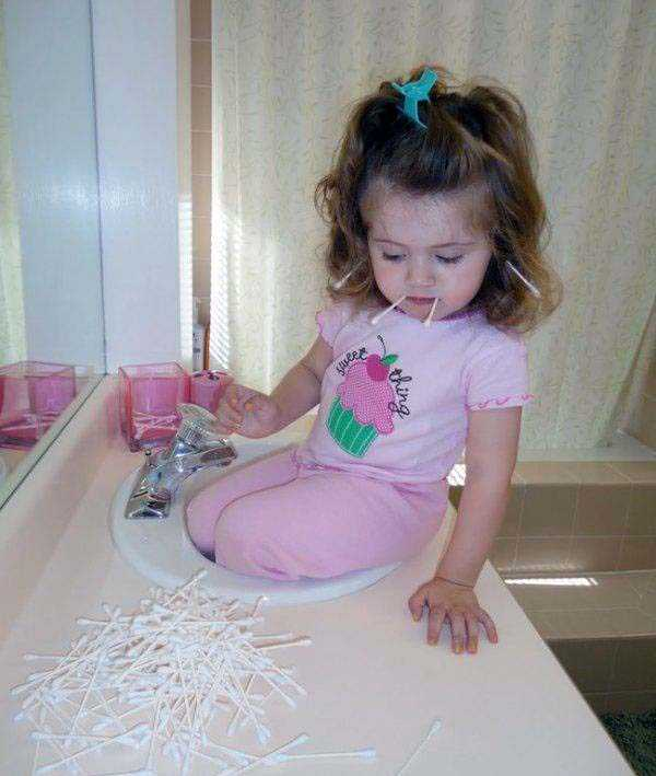 kids-doing-funny-things (26)