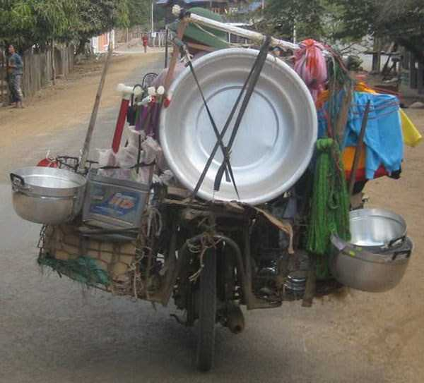 motorcycles-carrying-heavy-loads (12)
