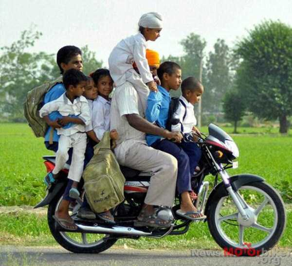 motorcycles-carrying-heavy-loads (37)