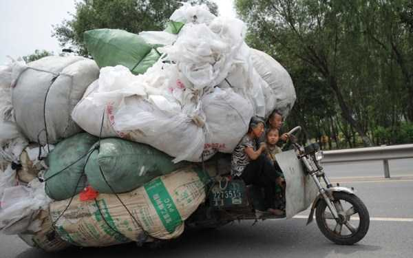 motorcycles-carrying-heavy-loads (4)