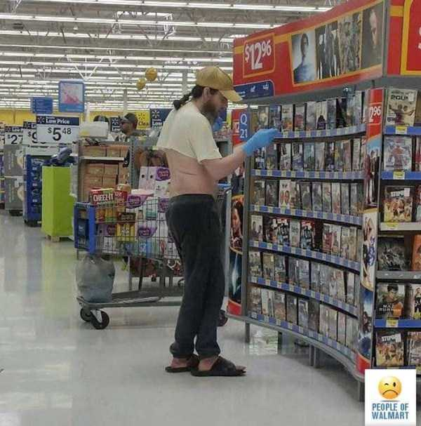 strange-walmart-customers (9)