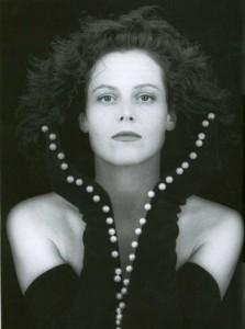 Sigourney Weaver When She Was Younger (24 photos) 1