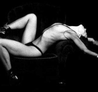 Sigourney Weaver When She Was Younger (24 photos)